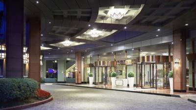 Khách sạn Melia Hanoi