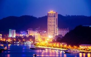 Khác h sạn Mường Thanh Luxury