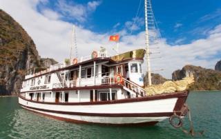 Du thuyền Golden Star