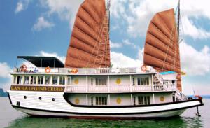 Du thuyền Lan Ha