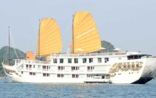 Du Thuyền Indochina Sails